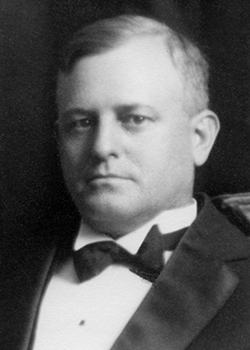1926 Eugene L MacLachlan (250 X 350)