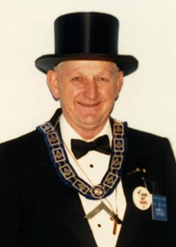 1988 James L Peters (250 x 350)